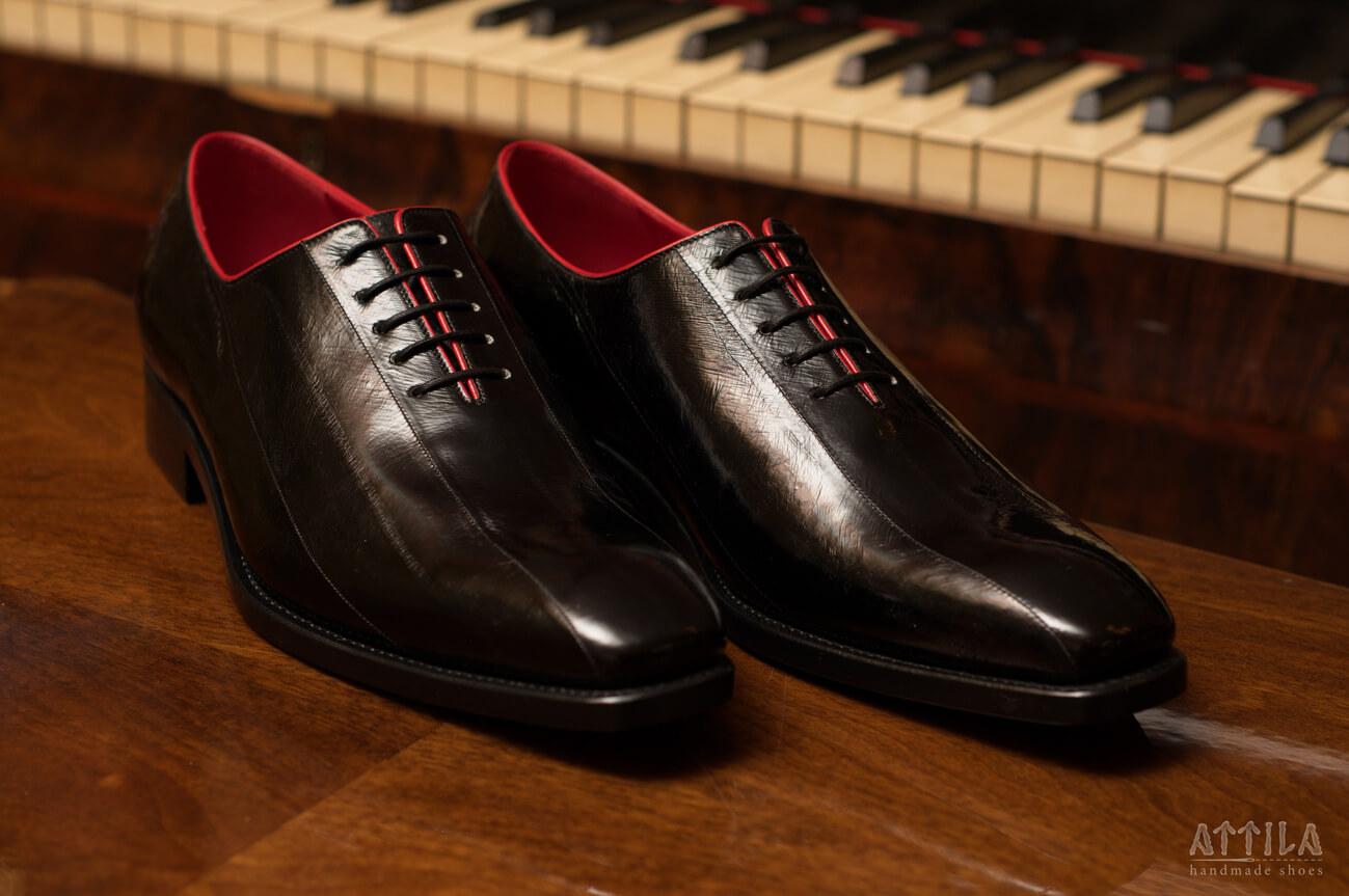 8. Eel shoes