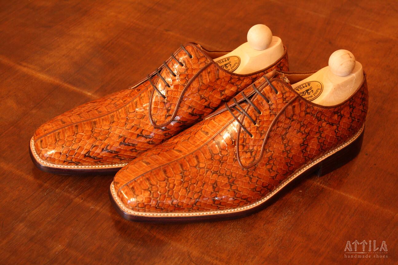 3. Cobra shoes