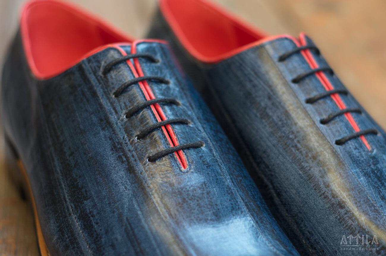 10. Eel antique blue shoes