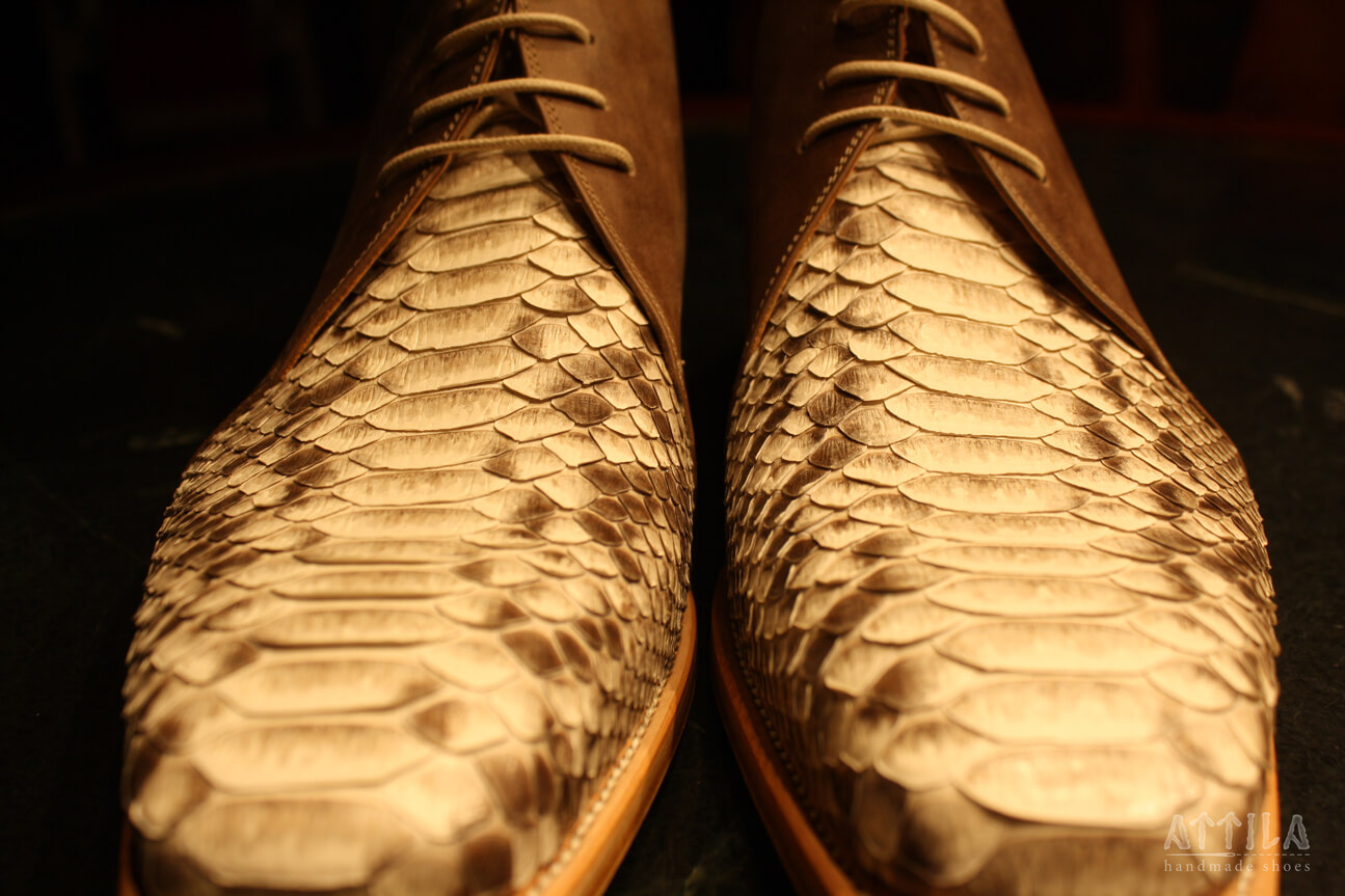 25. Snake shoes