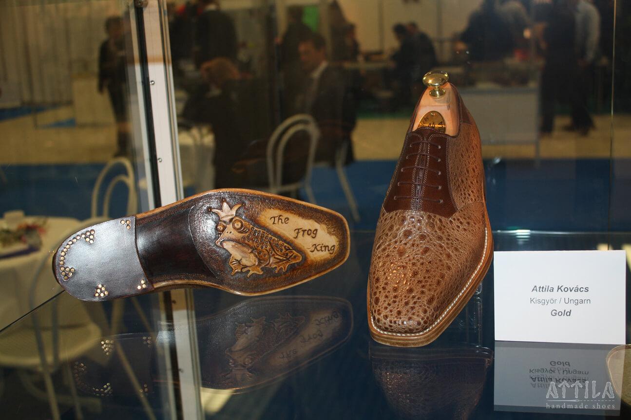 Golden award 2013 | Frog shoes