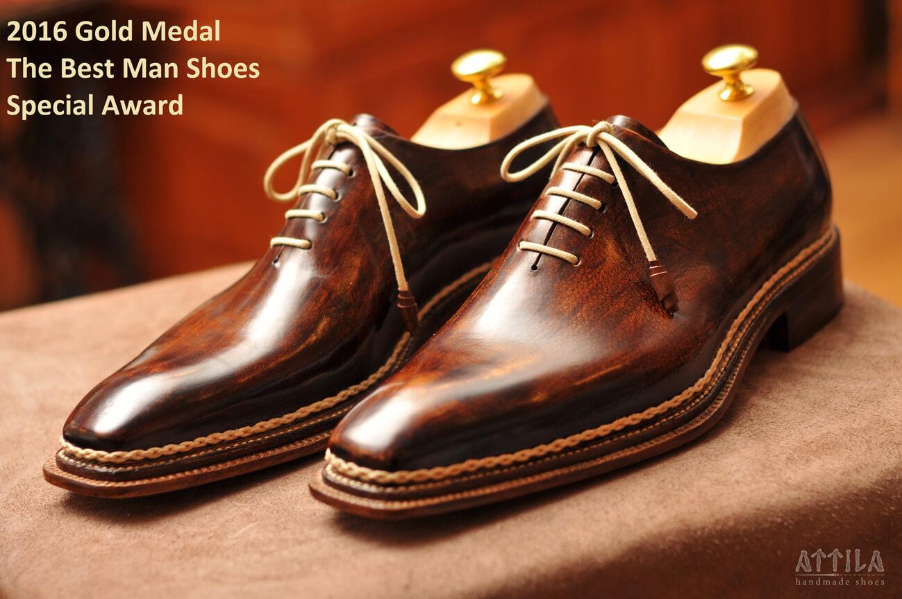 Golden award 2016 | Winner of man's shoes